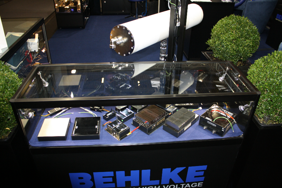 Behlke Electronica - Display Case No. 5